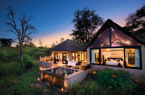 Exterior of the luxurious Lion Sands Ivory Lodge accommodation.